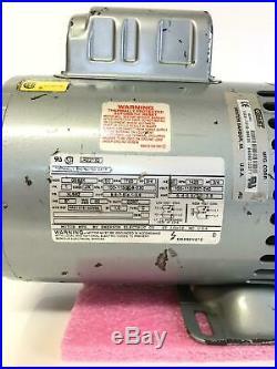 0 Hours- Gast Vacuum Pump 0823-V142AQ-G583X 100/240V 60Hz 1725 r/m 50Hz 1425 r/m