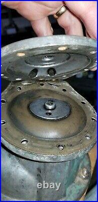 1954-1976 Mercedes Ponton Heckflosse W110 Diesel Vacuum Pump 180 190 200 220 240