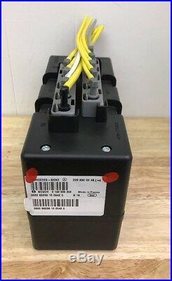 2000 01 02 03 Mercedes W220 S500 S430 Door Lock Vacuum Pump 2208000248