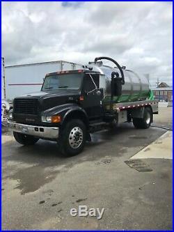 2001 International Septic Sewer Pump Pumper Vac Vacuum Tank Truck 5 speed manual