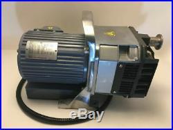 Anest Iwata DVSL-100B Oil-Free Scroll Vacuum Pump