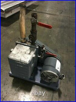 DuoSeal Vacuum Pump Welch 1402 M 1/2 HP GE Motor 5K42HN4106 1725 RPM 3 Phase
