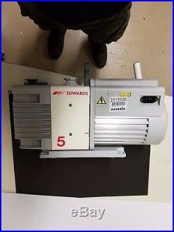 Edwards-Rotary Pump RV5 serial no. 986059661