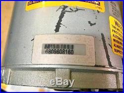 Gast 0523-101Q-G588DX Dual-Voltage 115/230 Rotary Vane Vacuum Pump