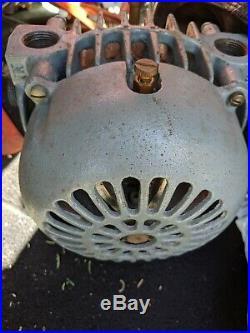 Gast Mfg Corp. Rotary Valve Vacuum Pump 2065