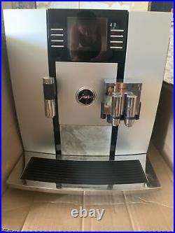 JURA Giga 5 Automatic Coffee Maker Aluminum Slightly used, works perfectly