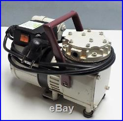 KNF Neuberger N022AT. 18 PTFE Diaphragm Lab Vacuum Comp Pump, FOR REPAIR OR PARTS