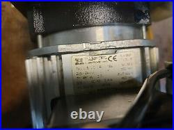 Leybold Trivac D10E 140042 Rotary Vane Vacuum Pump