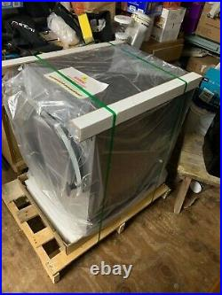 MEDIUM BLACK HARVEST RIGHT FREEZE DRYER With PUMP AND SEALER