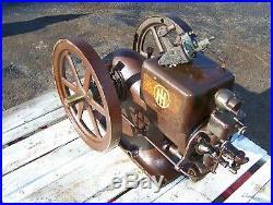 Old IHC McCORMICK DEERING 1 1/2hp TYPE M Gas Engine Black Vacuum Pump Milker WOW