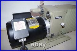 Pfeiffer # Du0-012a Vacuum Pump 3/4hp Baldor Motor 115-208/230vac 1ph. Vp602
