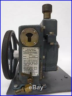 Used Welch Duo-Seal Belt Driven High Vacuum Pump 1/3 HP Model 1400 2F