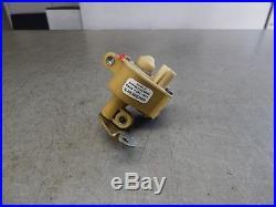 W123 300D 300TD 300SD 300SDL Diesel Vacuum Regulating Transmission Valve