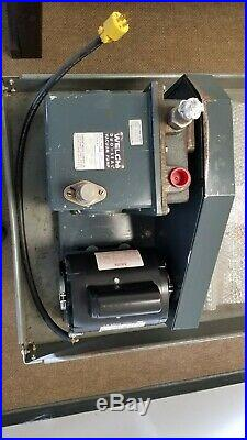 Welch 1402 Duo-Seal Vacuum Pump with A. O. Smith 1/2 hp Motor RS1054A 115/230V