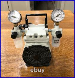 Welch 2522B-01 WOB-L Laboratory Vacuum Pump Good Condition Piston Pressure