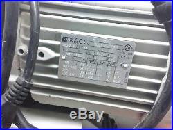 Working Edwards A373-24-904 Vacuum Pump